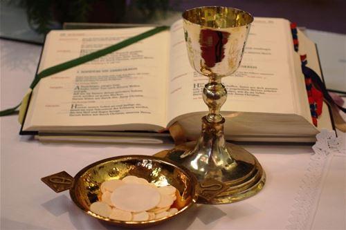 خدمة التعليم الكهنوتيّة